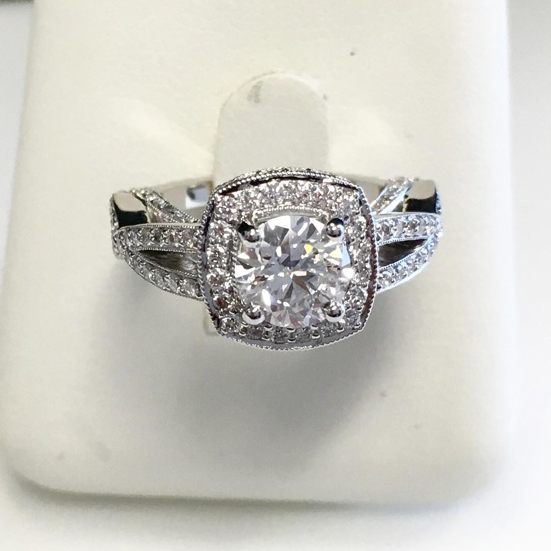 Beautiful Vintage Diamond Engagement Ring Designs