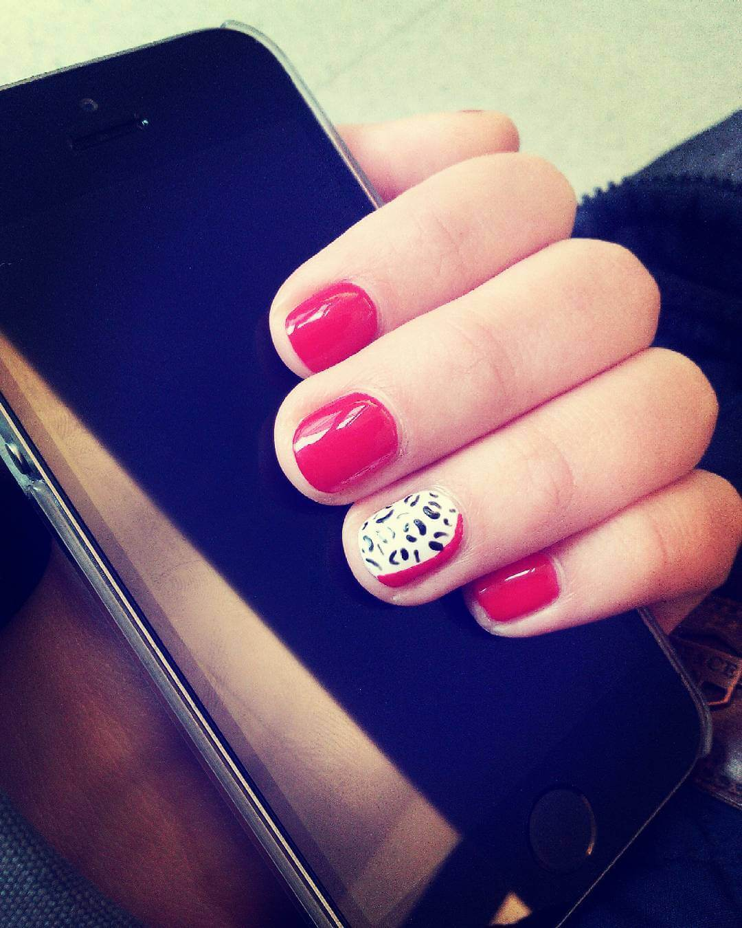 red loepard nail art design 1