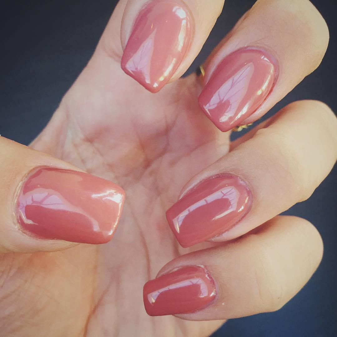 Peach Nail Color