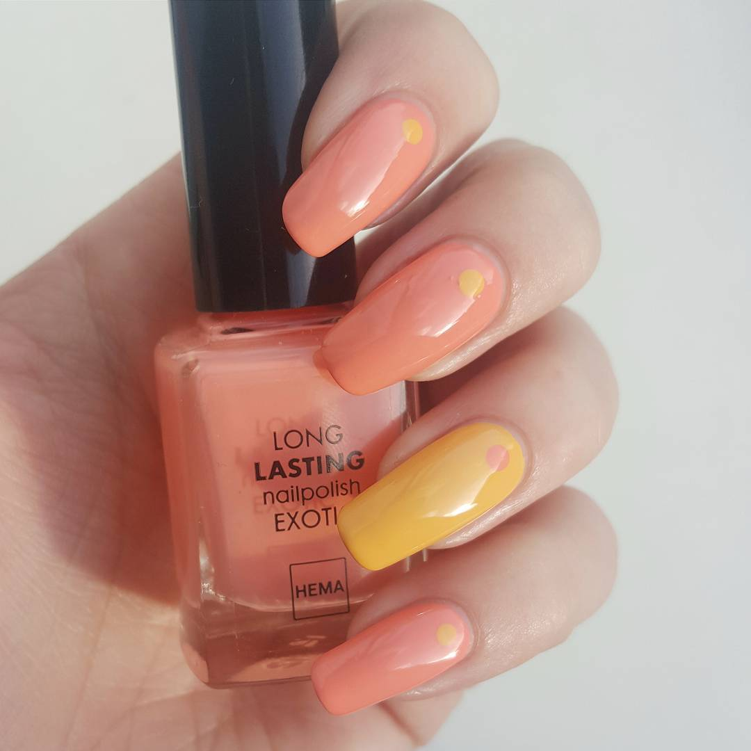 Yellow Peach Nail Designs