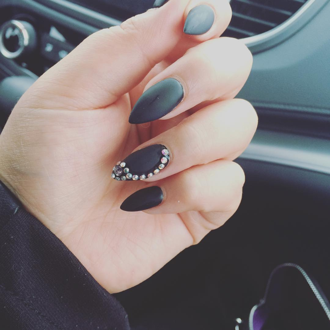 21+ Pointed Nail Art Designs, Ideas | Design Trends