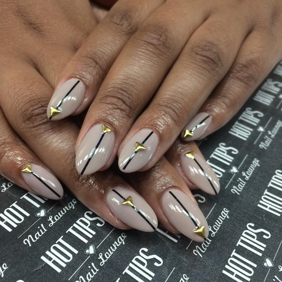 Tip Line Pointed Nail Art