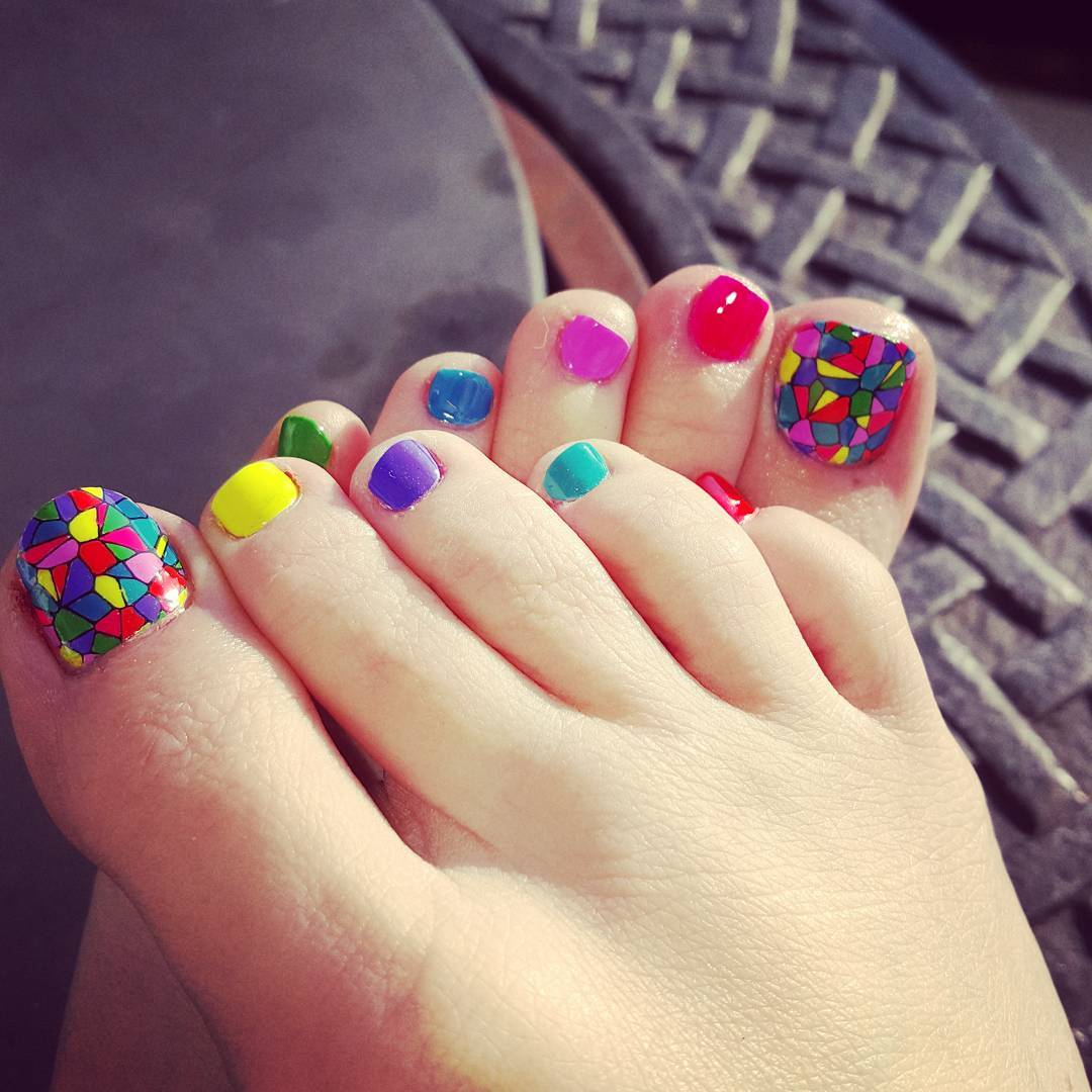 Toe Nail Designs Here Are A Few Simple Nail Designs That Can Be ...