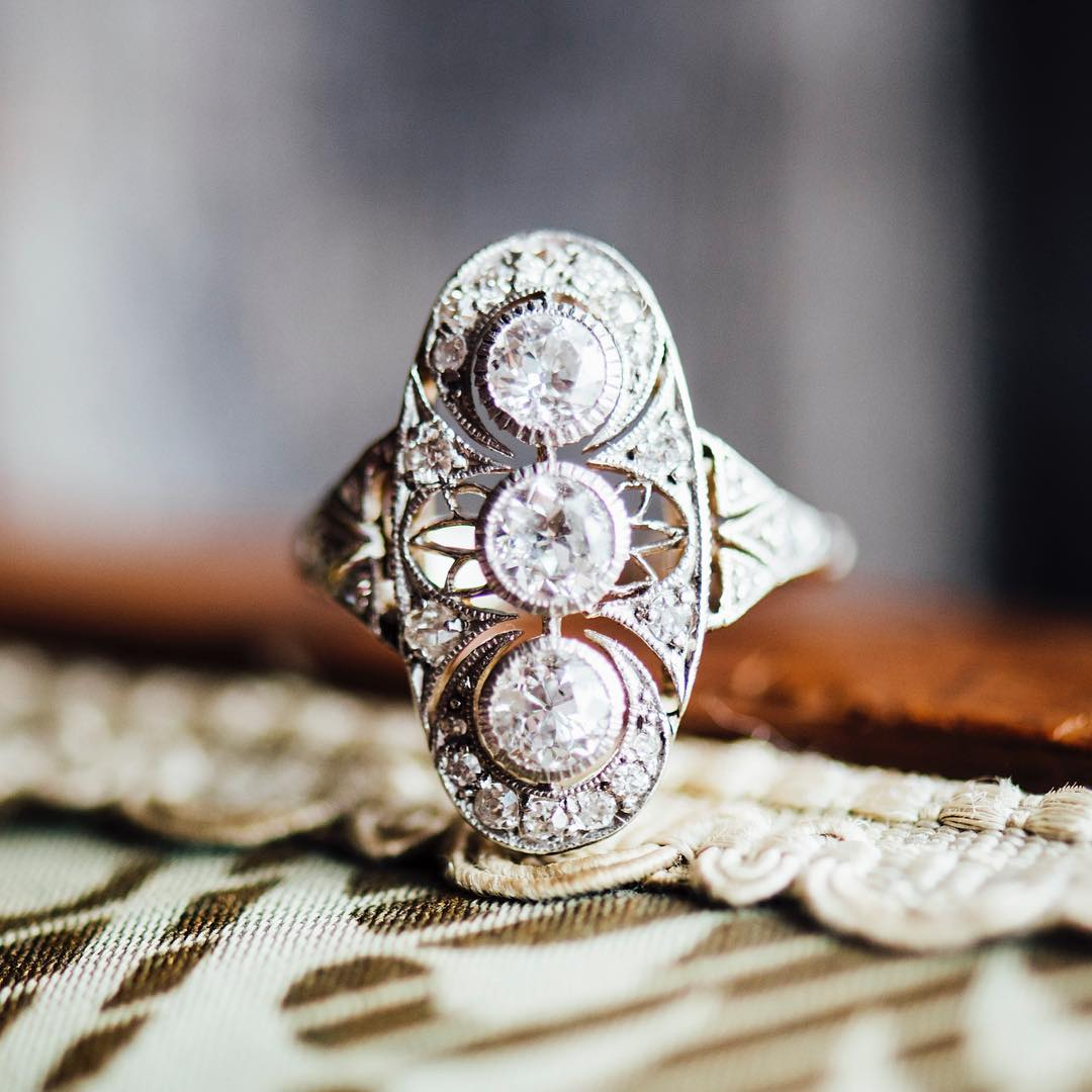 Vintage Style Best Engagement Ring