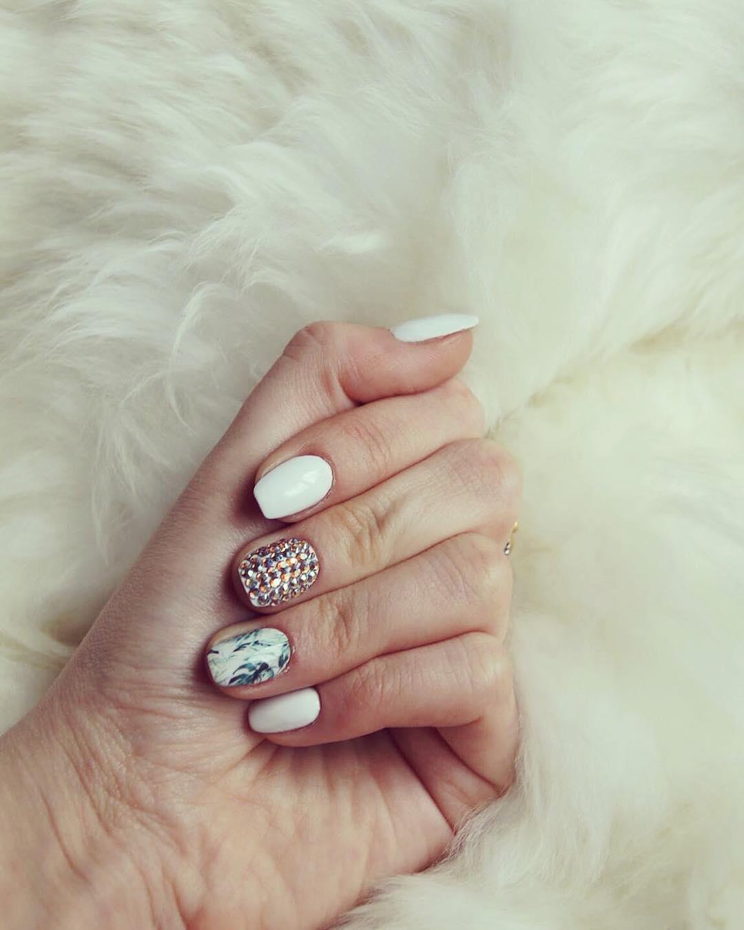 Beautiful White Nail Art