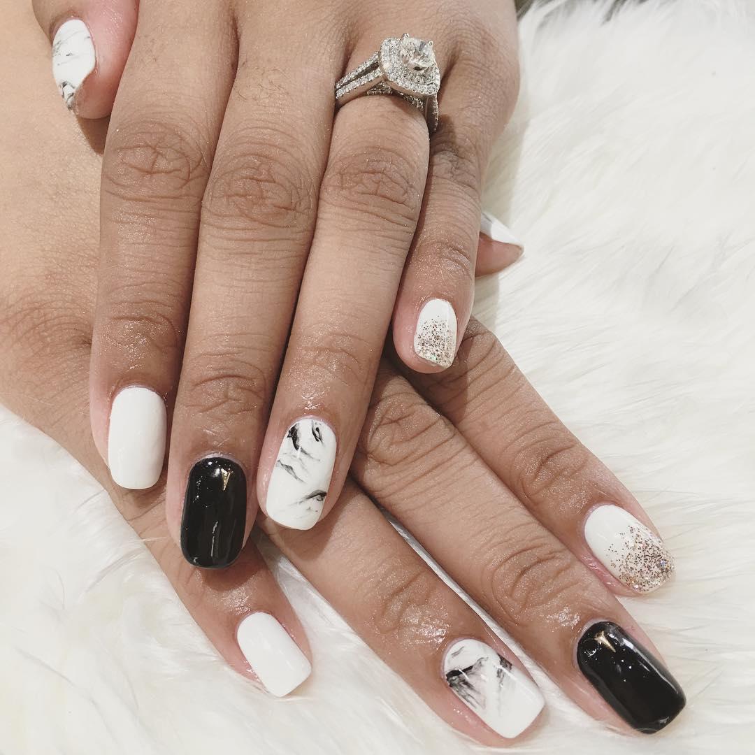 Finger Nails White