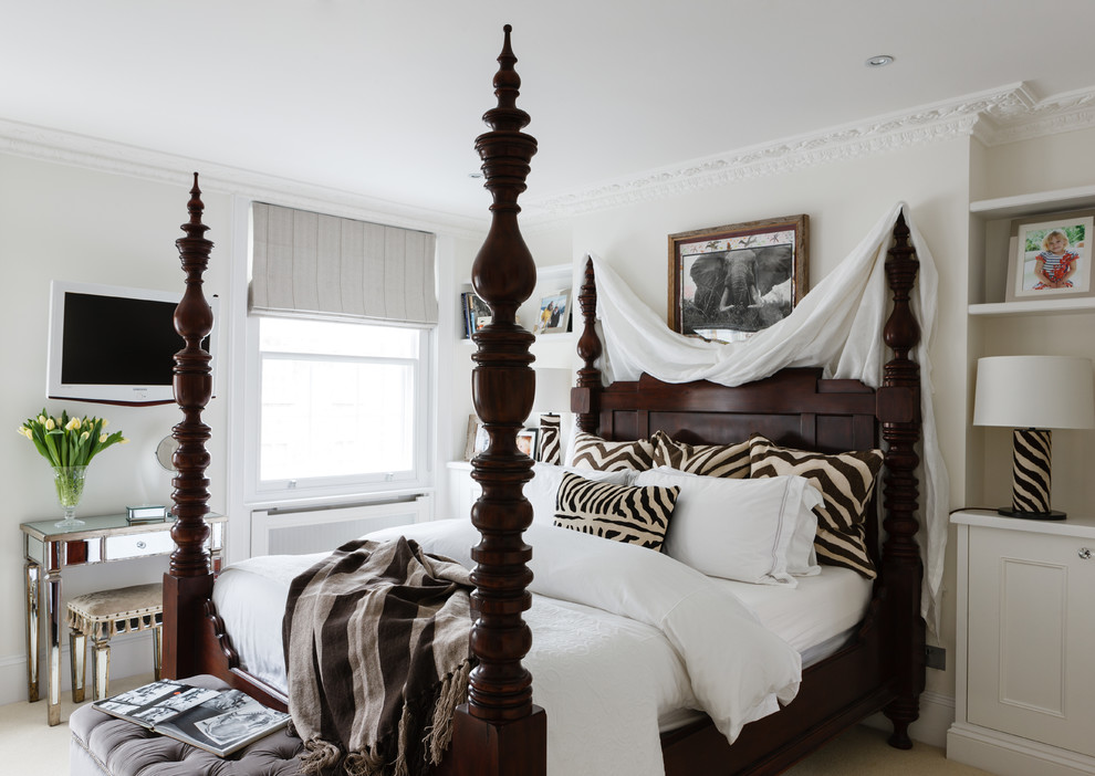 16 animal print bedroom designs decorating ideas for Bedroom designs with four poster beds