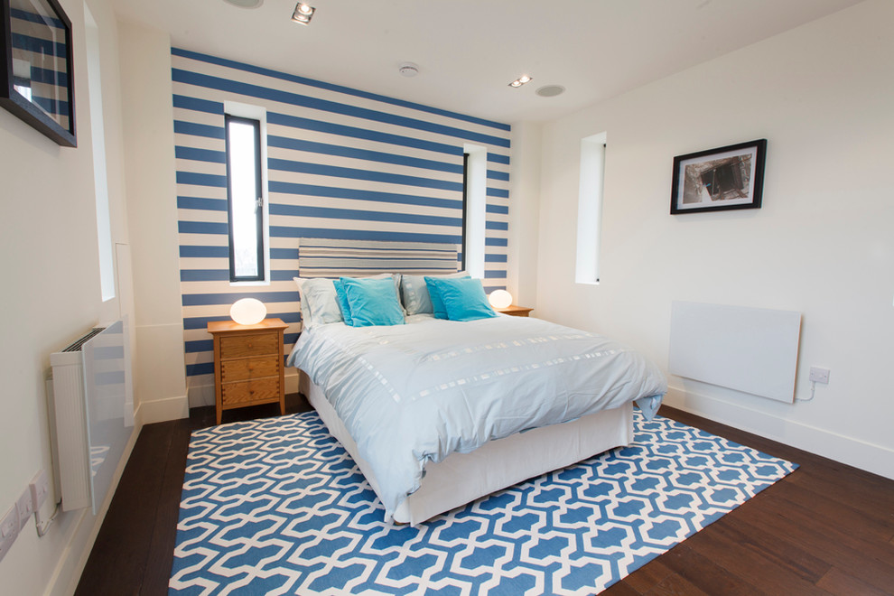 Blue and White Wall Design Bedroom