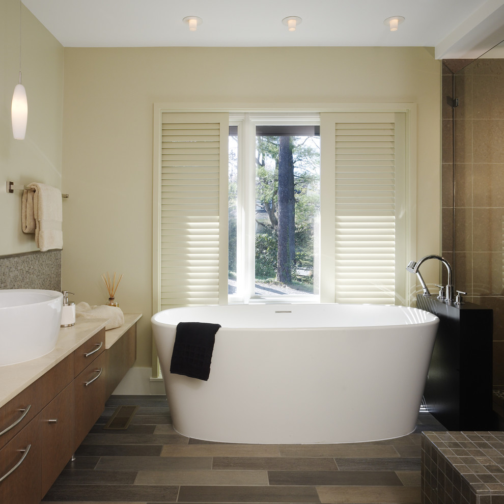 bathroom designs with walk in shower and soaking tub html with Modern Bath Tubs on Bathroom Paint Color Trends For 2014 also 0dfa7c860bad2f0b also Wailea beach villas golden mandarin further 8987ca8bf6f2d200 moreover 627f42d1a9efd6cb.