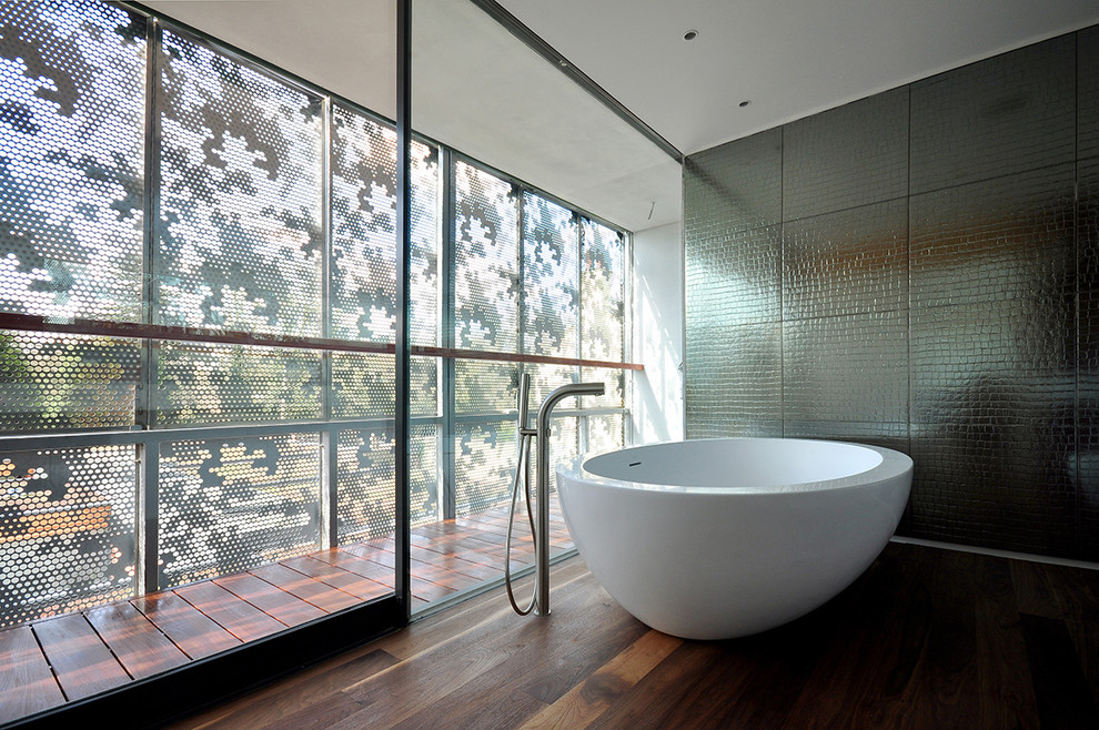 Awesome Round Bath Tub Design Idea