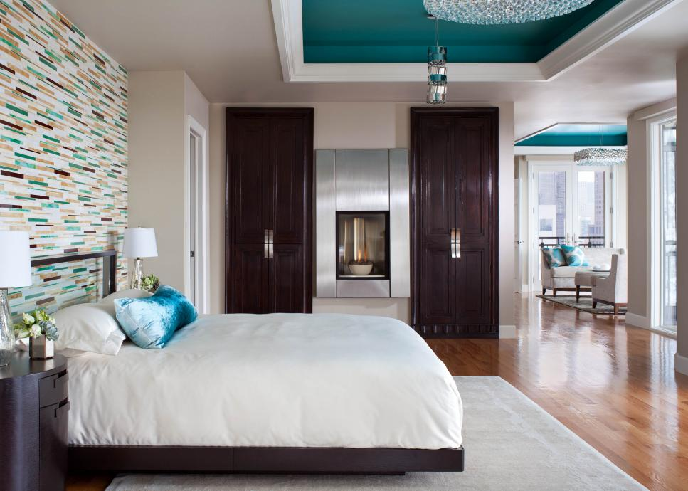 transitional master bedroom with painted ceiling