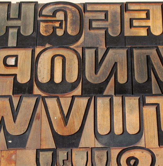 wood block font
