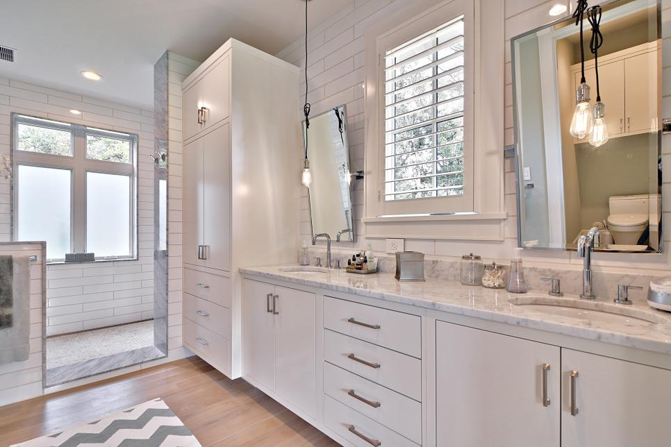 Farmhouse Master Bathroom with White Subway Tiles