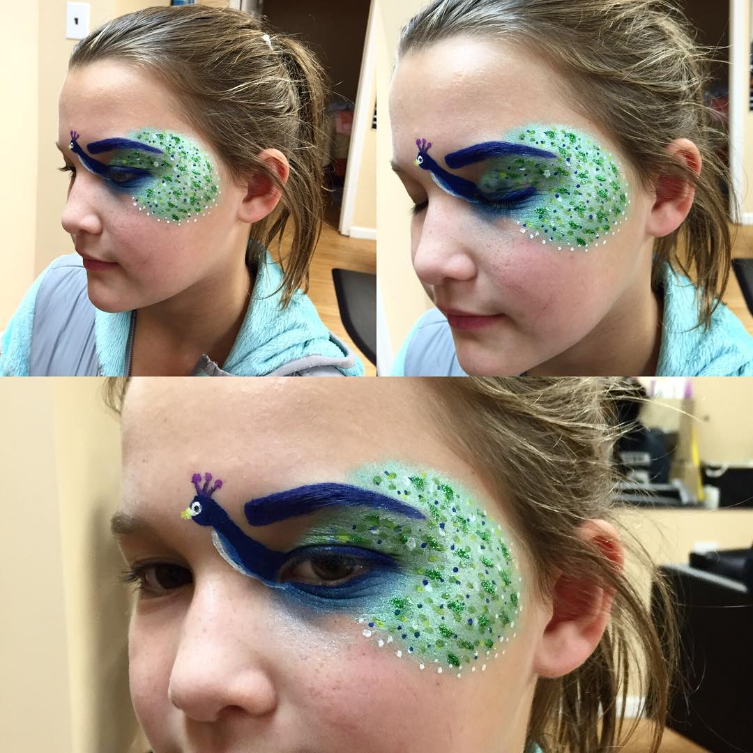 Peacock Picture Makeup On Eye