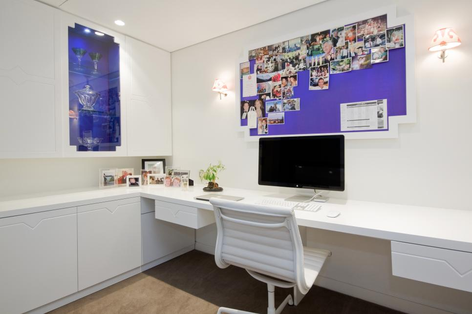 Elegant White Paint Wall Home Office Design
