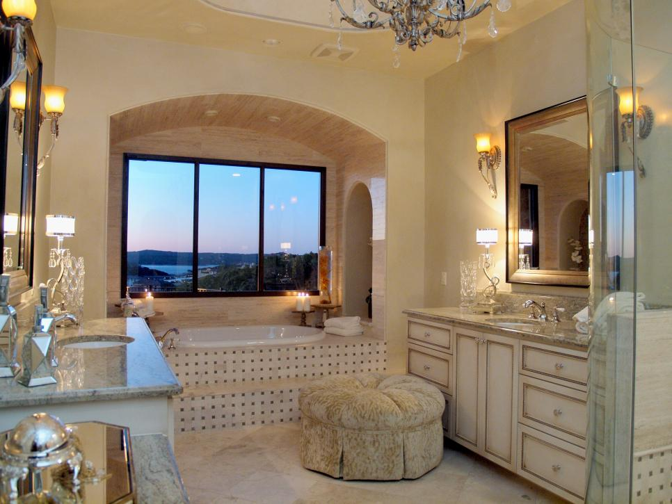 Luxurious Master Bathroom With Decorative Bathtub Surround