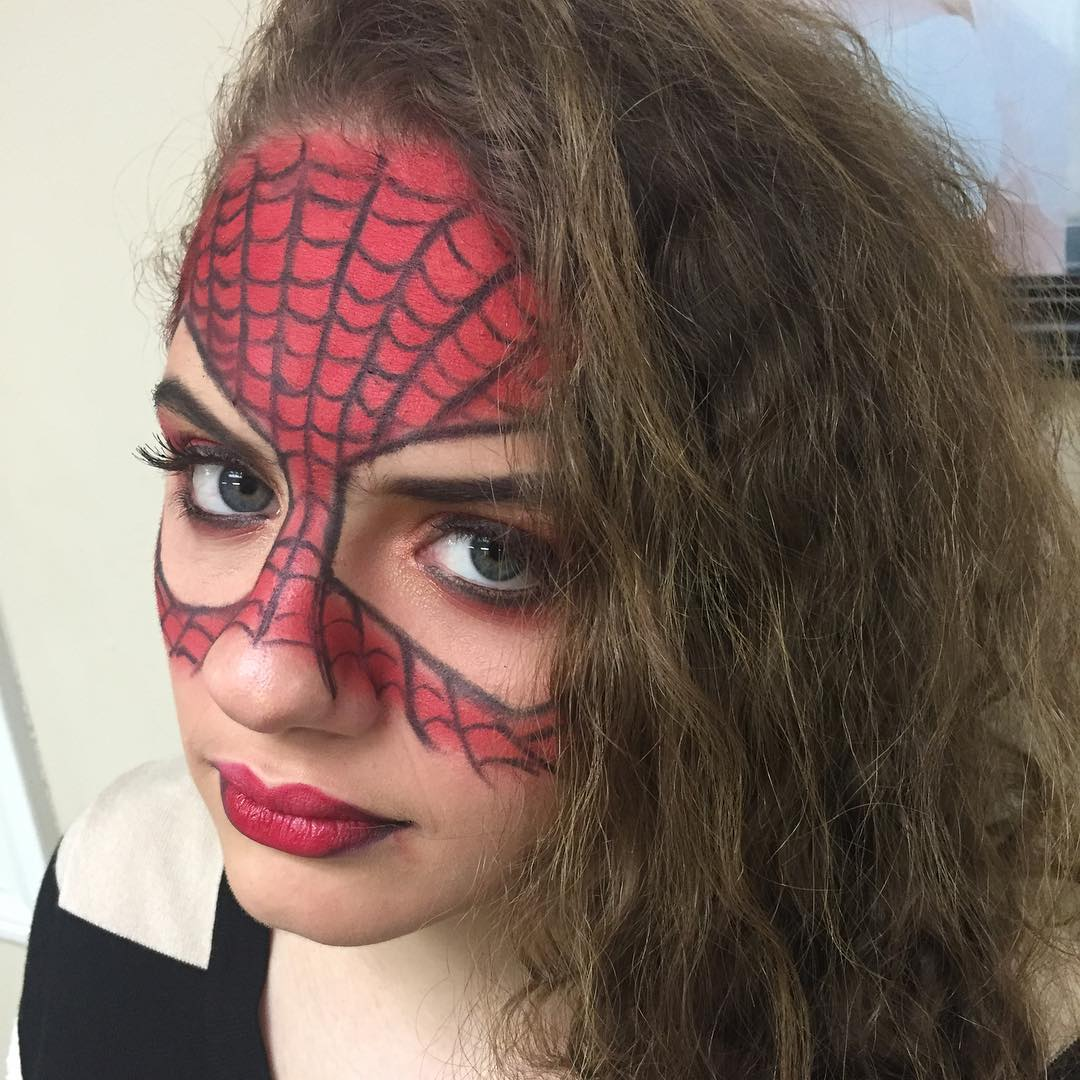 Simple Spider Web Funny Girls Makeup