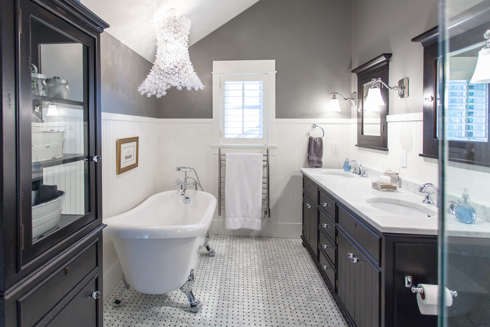 master ensuite bathroom with tub