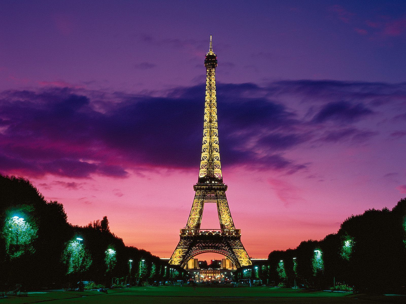 Stunning Paris HD Wallpaper