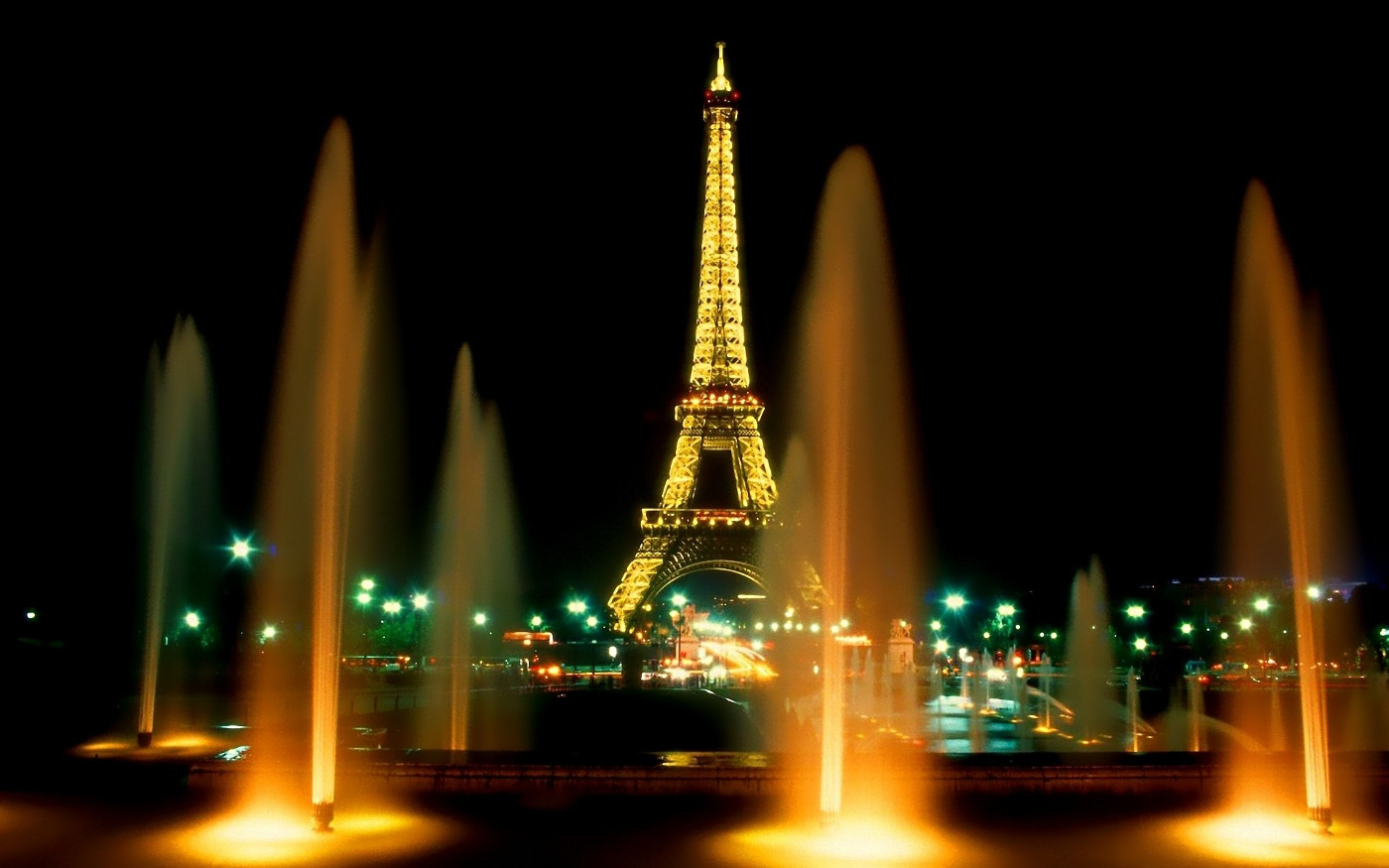 fountain view paris night wallpaper
