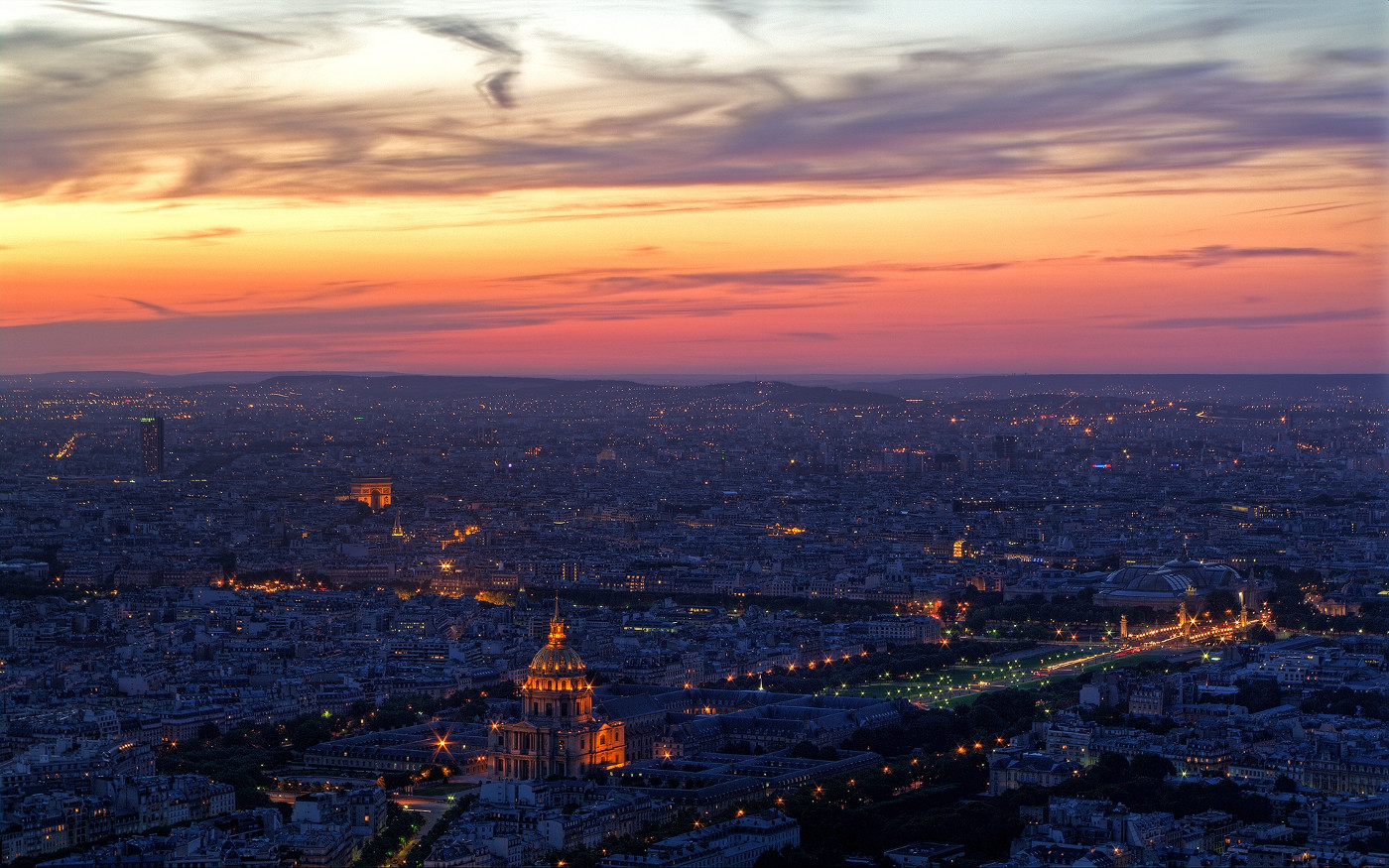 sky view with sunset paris background