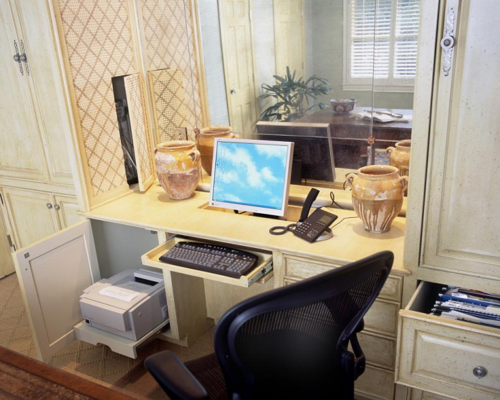 Elegant Decor with Polished Surface for Office