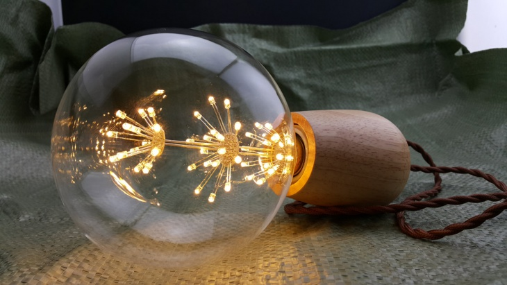 Wooden LED Twisted Fabric Wire lamp