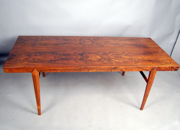 Danish Beautiful Rosewood Coffee Table