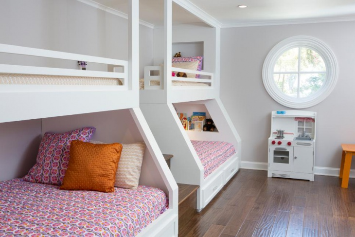 Beautiful Kid's Bedroom Design with Bunk Beds