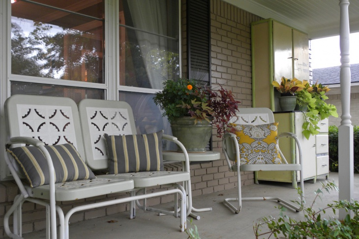 Traditional Retro porch in outdoor