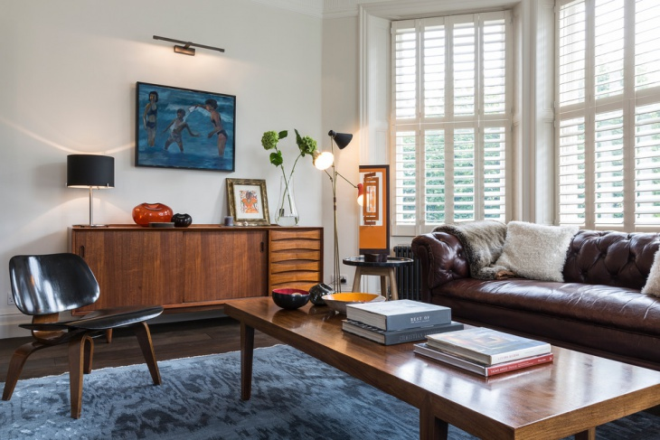 Midcentury living room with Brown Retro Crouch
