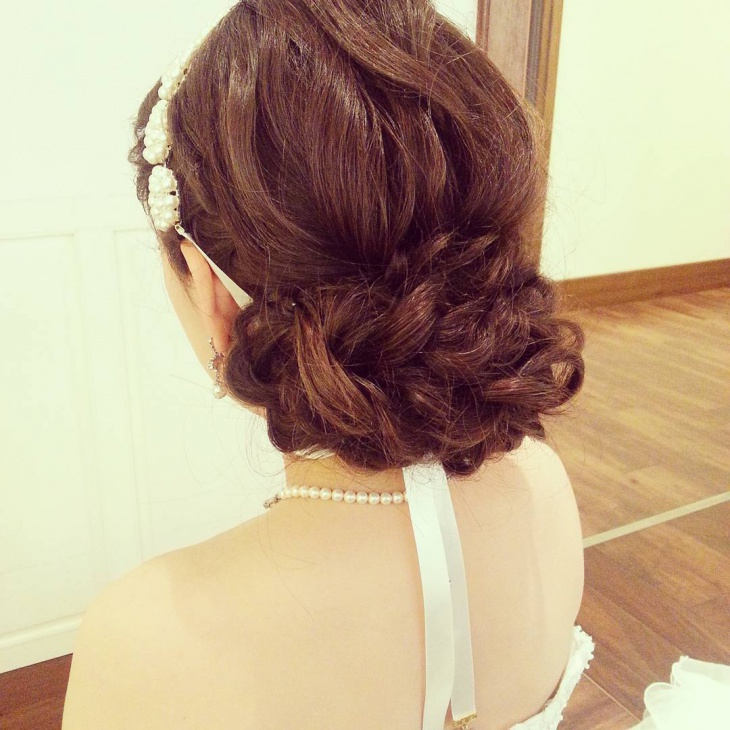 fantastic short wedding hairstyle