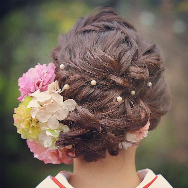 Multi Flowers Wedding Hairstyle Design