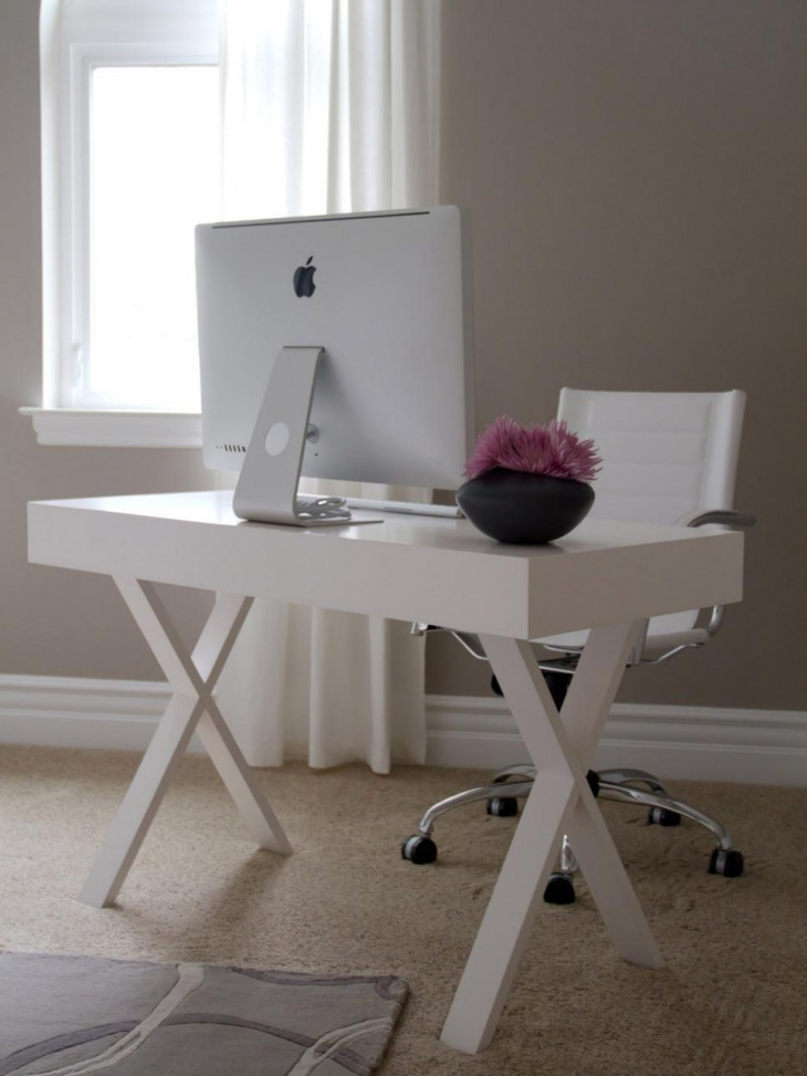 Contemporary Home Office With White Desk And Chair