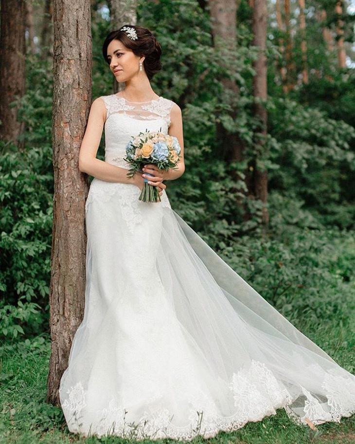 romantic wedding dress design