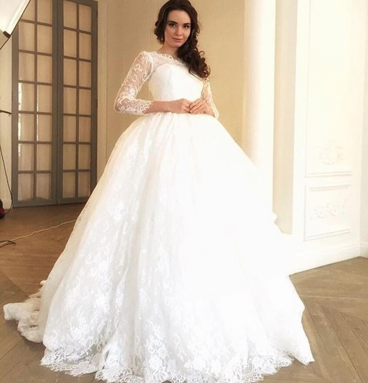Glorious Wedding Dress for Bride