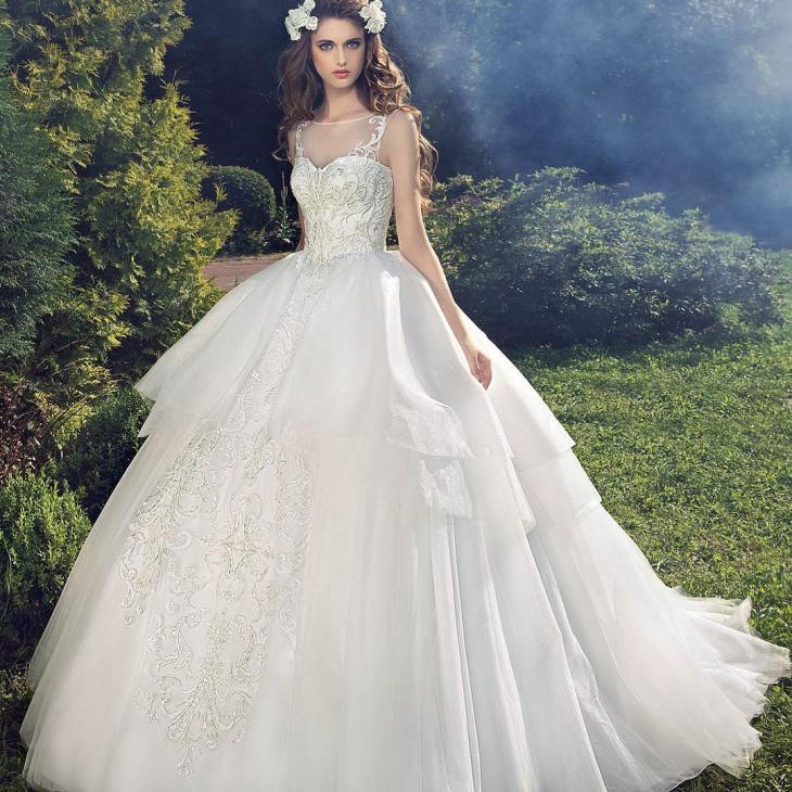 bridesmade wedding dress design