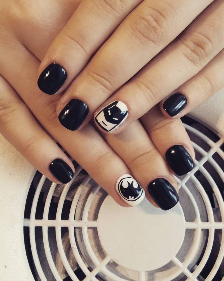 super hero nail art design
