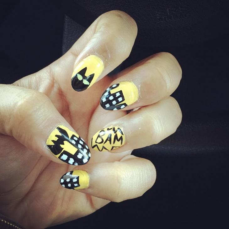 stunning batman nail design