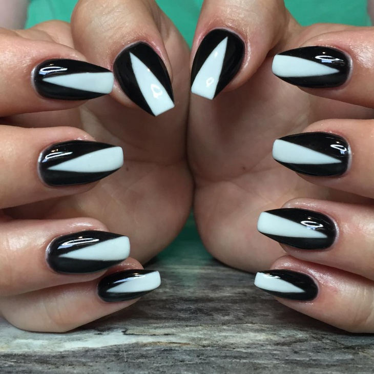 Black and White Lined Nail Art