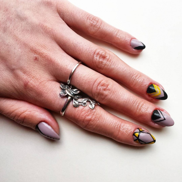 Geometric Nail Design for Shaped Nails