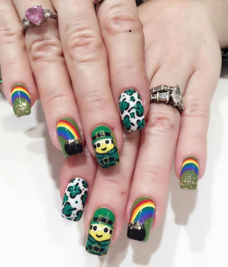 glitter minion nail ideas