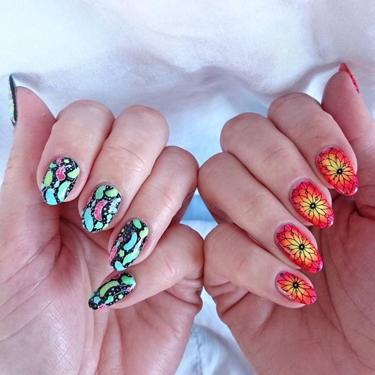 Gradient Floral Nail Art