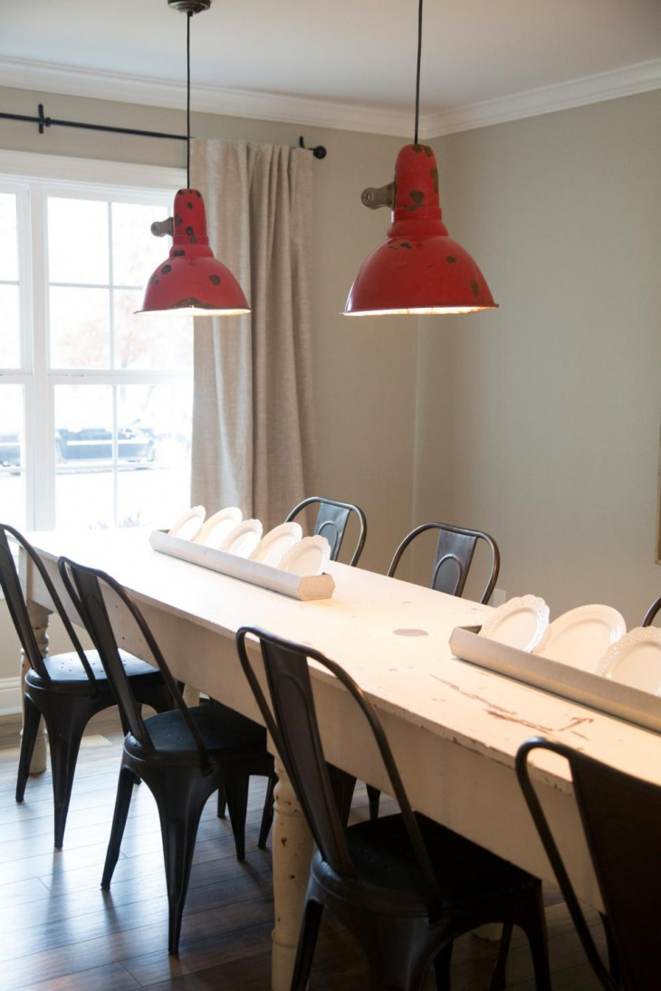 Dining Room With Red Pendant Lights