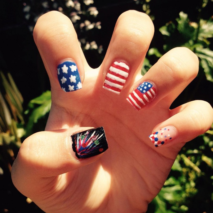 Beautiful Fourth of July Nail Art Ideas