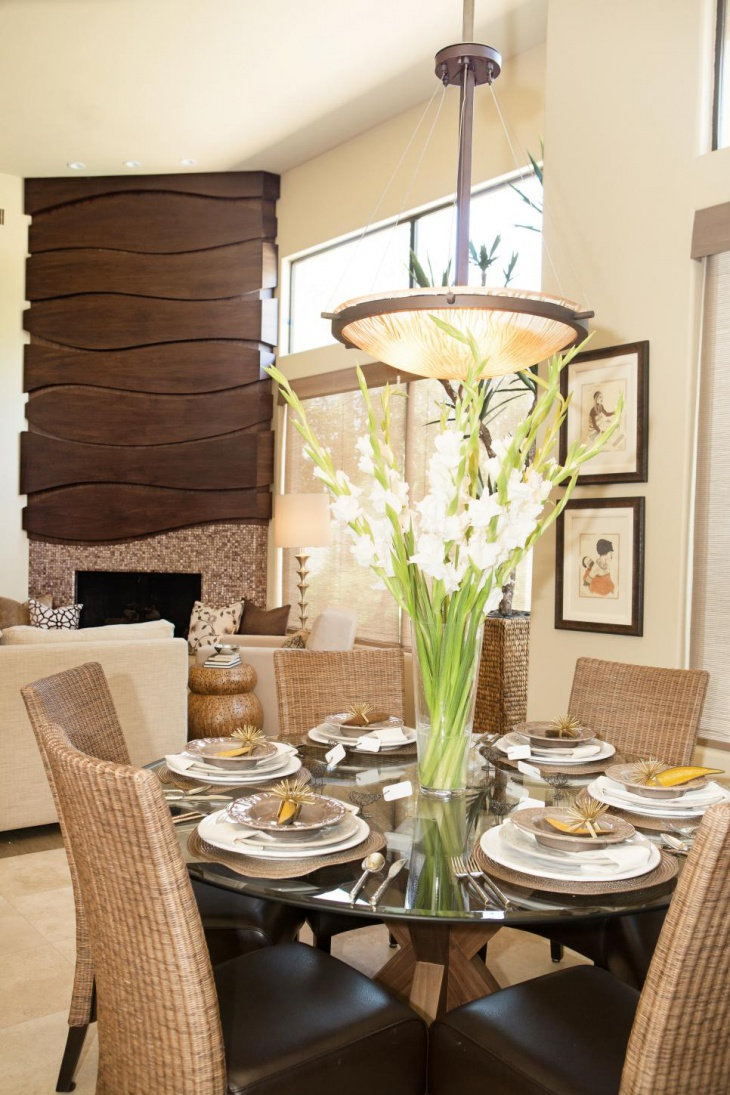 Contemporary Dining Room With Fancy Light Design