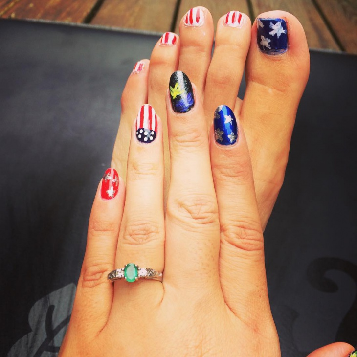 Fourth of July Flag Nail Design