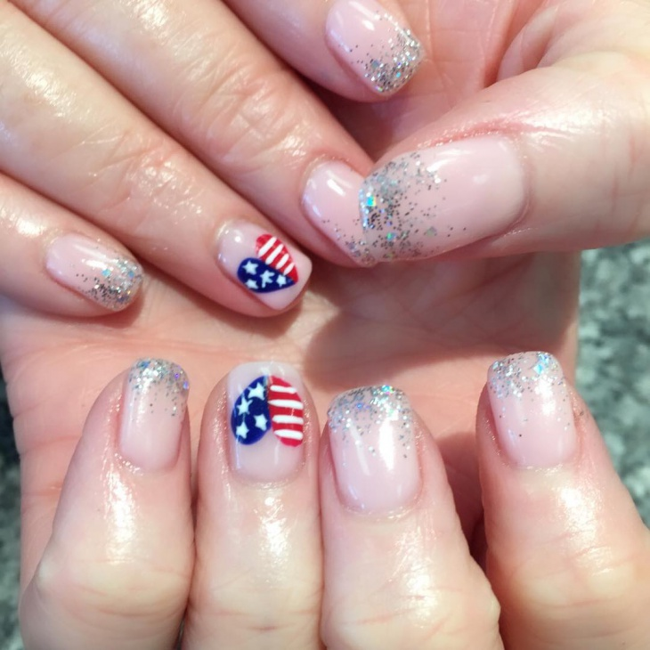 Simple Fourth of July Nail Art