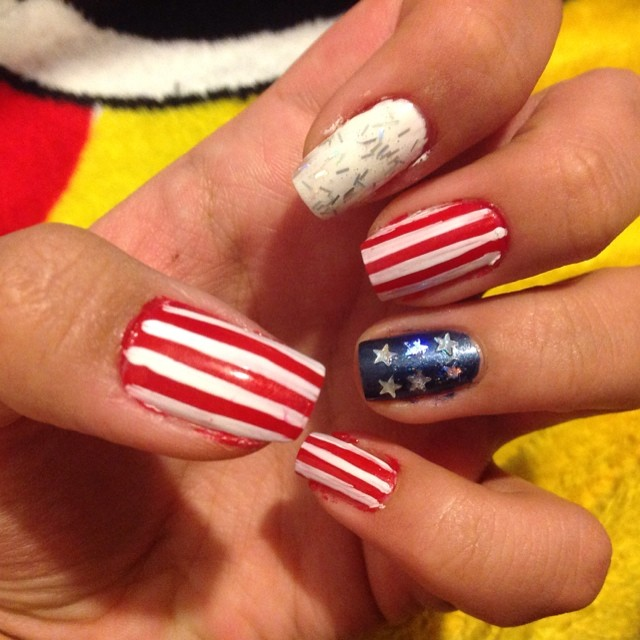 Attractive Fourth of July Nail Art