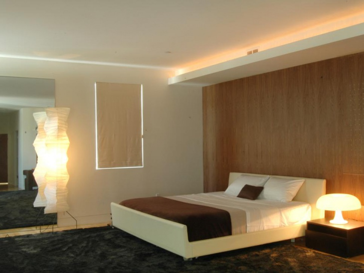 Retro Style Bedside Lamp Design